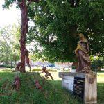 Szoborcsoport – feszület, Szűz Mária, Egyházgelle [Holice]