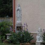 Szobor – lourdesi Szűz Mária és Szent Bernadett – Nyitraszőllős [Vinodol]